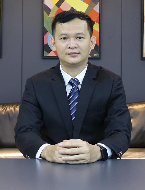 Mr. CHUOR CHAMROEUN